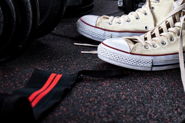 マンションは靴をどこで洗うのか?スニーカーや靴はコインランドリーが便利!